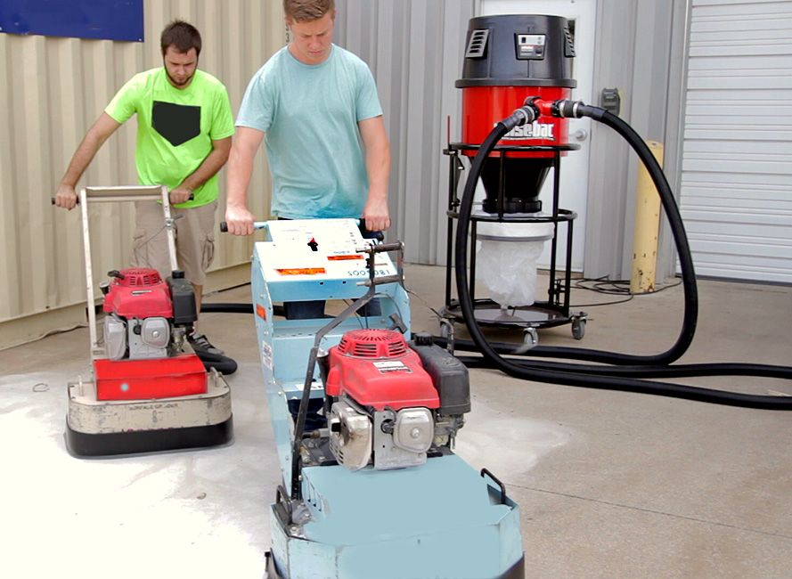1000 Series Vacuum Floor Sweep in use